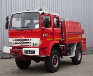 Renault 9.5M150 4x4 CCF 2000 feuerwehr - fire brigade - brandweer - 2.000 ltr. water tank- pomp - Expeditievoertuig TT 3317