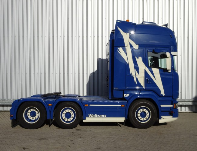 Scania R520 H 6x2 E6 V8 Showtruck, Very good condition! getuned 580PK, Gestuurde en hefbare voorloopas. TT 3338
