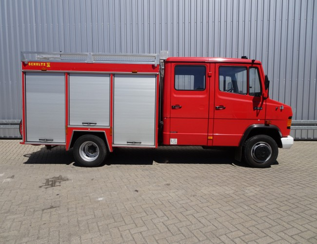 Mercedes-Benz 711D feuerwehr - fire brigade - brandweer, Pomp, Watertank TT 3611