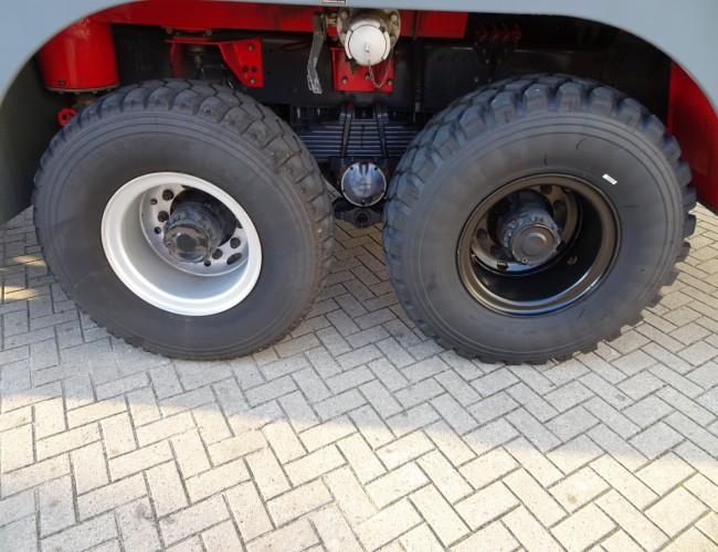 Renault Thomas Sides VIM90 P25 VMA105 - 6x6 Crashtender, Airport Fire Truck - 9.500 ltr. Water, 1.150 ltr. Foam TT 3732