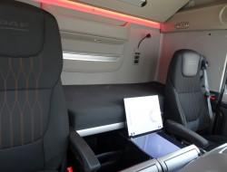 DAF FTG XF530 SSC SuperSpaceCab - Lift-stuuras, Lift-Steeringaxle, Lift-Lenkachse - Retarder - Standairco!! TT 3860
