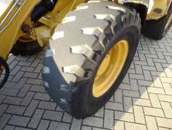 Caterpillar 906 Snelwissel, Schnellwechsler, Klappschaufel, Klapbak TT 4033