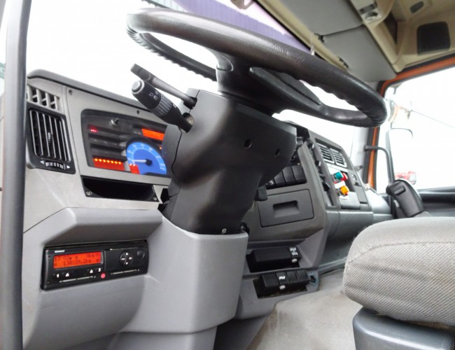 Renault Kerax 320 dci 4x4 - 14TM Kraan, Crane, Kran Crue - Kipper, Tipper, Benne TT 4140