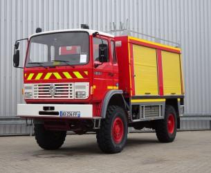 Renault 85 150 4x4 feuerwehr - fire brigade - brandweer - 2.500ltr tank- pomp TT 4224