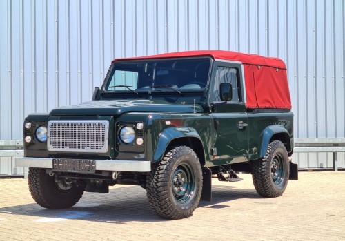 Land Rover Defender 90 4x4 - 2.2 Diesel - Airco - Cabrio - Soft Rooftop - Nieuwstaat! Like new! TT 4268