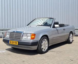 Mercedes-Benz 300 CE-24 CABRIO U9 A124 - Airco - Automaat - Blauwe cabrio top TT 4273